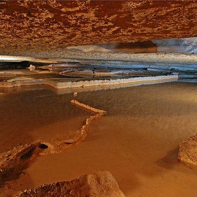 Crystal Lake (within Bluff Dwellers Cavern)