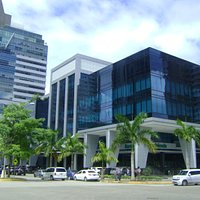Costa Del Este Office Building