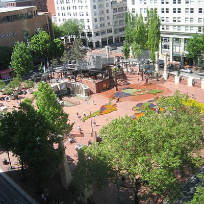 Pioneer Courthouse Square from above