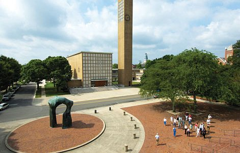 Library Plaza, church by Eliel Saarinen, sculpture by Henry Moore