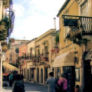 Corso Umberto, Taormina, Sicily, Italy
