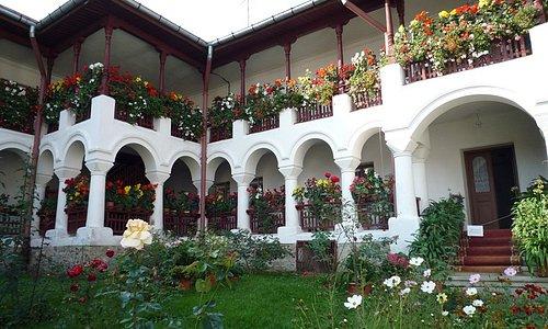AGAPIA les balcons fleuris