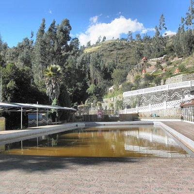 Piscina de aguas termales de Monterrey-Ancash-Peru