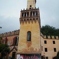 la torre quadra