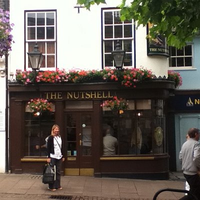 get in the Nutshell. People from all over the world Squeeze in here for a pint, top Pub