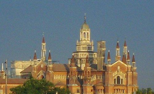 la Certosa,vista dalla stazione