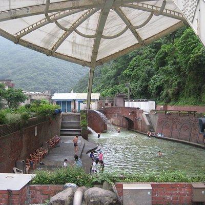 冷泉公営プール