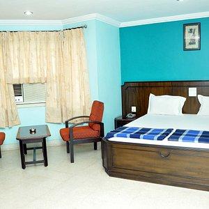 Ashrita Hotel