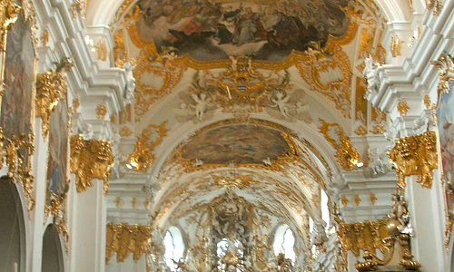 Rococo interior of Alte Kapelle