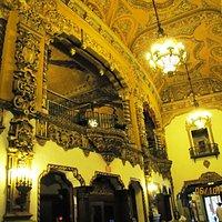 Vestibulo estilo barroco Español