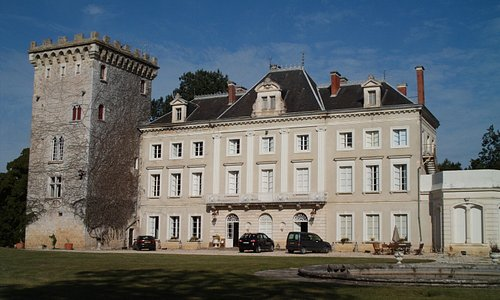Chateau Hordosse 2009. Tower Suite on the left, first floor.