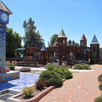 Sunny Fields playground