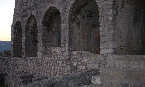Parte frontale del tempio minore