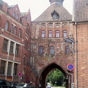 Turm und Torschließerhaus