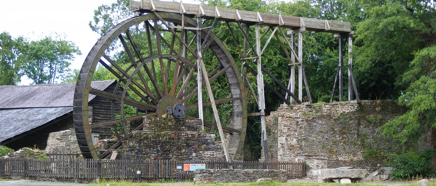 Morwellham Quay's overshot waterwheel