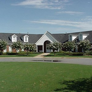 Great Clubhouse for Tournaments & Outings