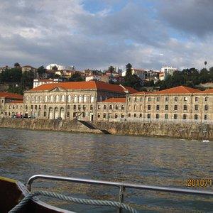 The Alfandega from the Douro