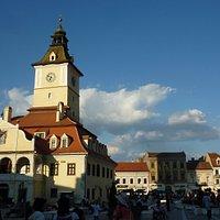 La piazza principale di Brasov