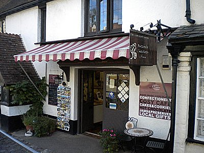 The Chocolate House is just by the entrance to Dunster Castle