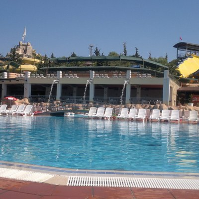 Main pool view