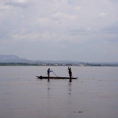 Pescatori sul Fiume Congo
