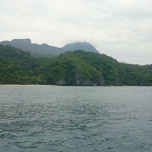 Die Küste nahe Puetro Princesa