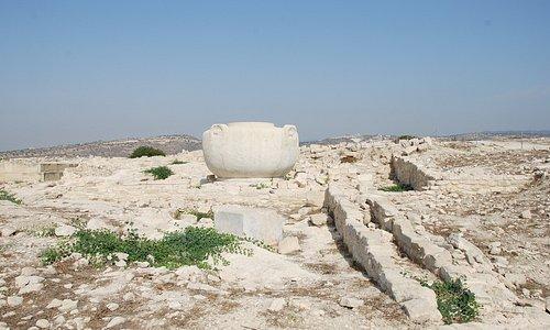 Amathous, Akropolis, Steingefäß
