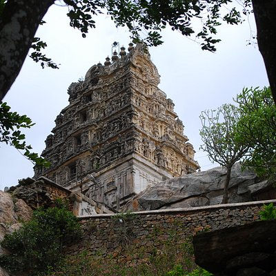 Yoga Narasimha temple atop a hill