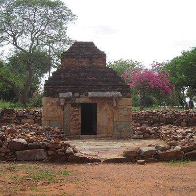 Un temple reconstitué