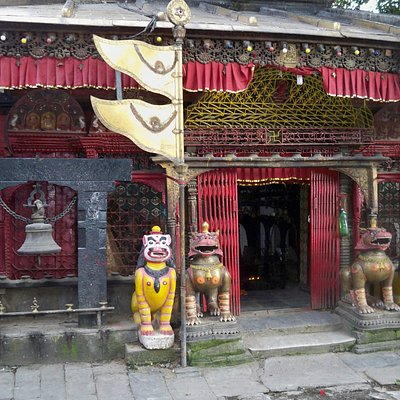 Hindu Shrine just off Dunbar Square Thamel