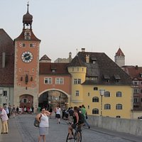 Porta di ingresso alla città dal Ponte Medievale