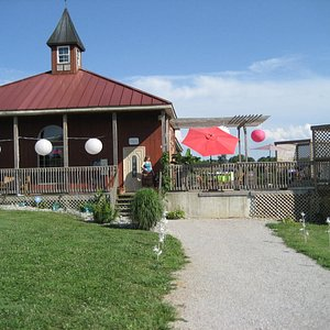 Front View of Wildside Winery