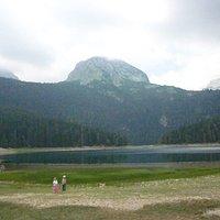 Crno (Black) lake