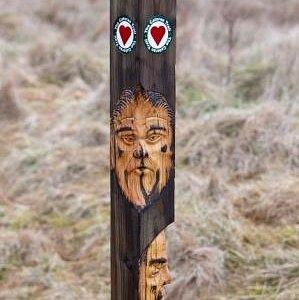 Hand-carved waymarker ©Mike Bell