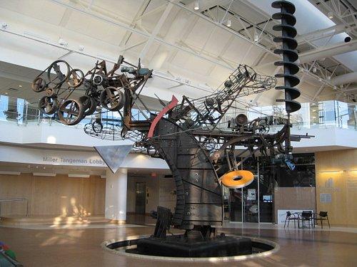Chaos sculpture