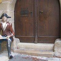 guard figure