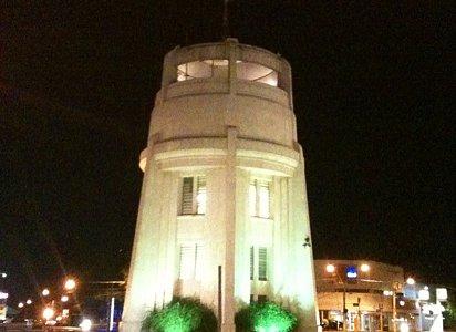 torre a noite