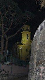 Napoli: un fantasma in ogni vicolo