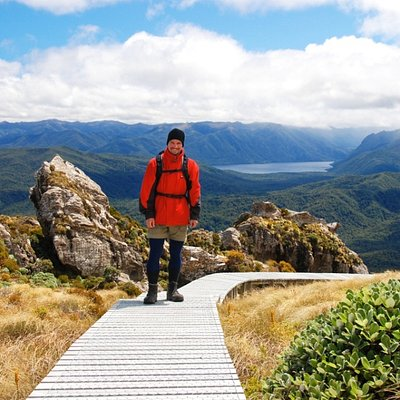 Hump Ridge Track - Lake Poteriteri & Cameron Mountains
