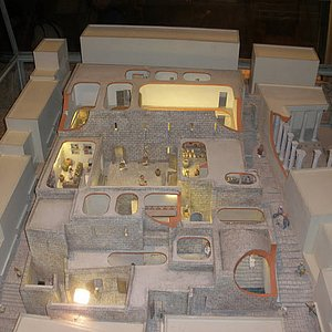 Model of home of high priest (kohen)