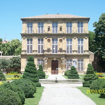 Pavillon and Gardens