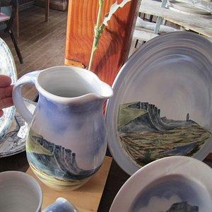 Local scenes on plates