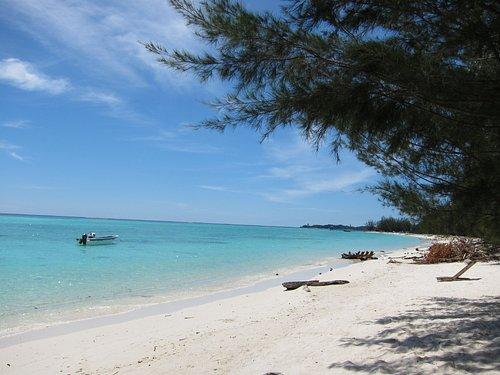 Mantanani Island Sept 2011_b