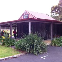 Mongrel Creek Wine Tasting Room