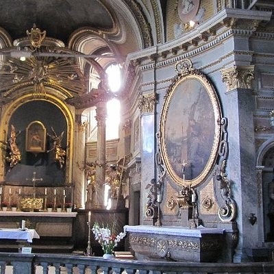 large side chapel