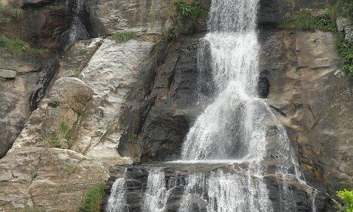Upper Diyaluma (the small waterfall at the top of Diyaluma)