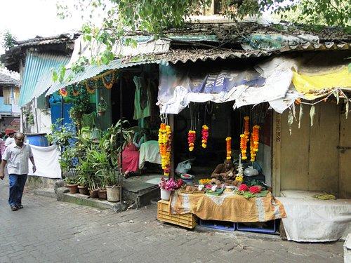 Mahalakshmi Temple and the area