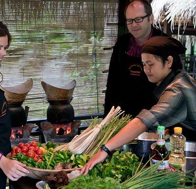 Teacher Joy explains Lao ingredients