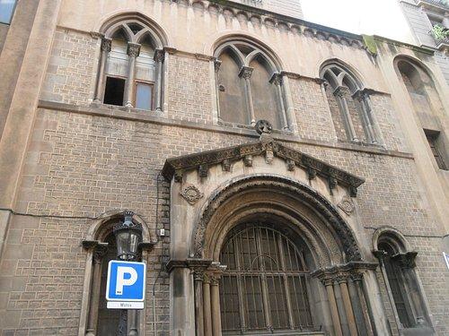 parte posteiore della chiesa
