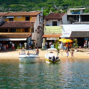 Playa de Abraao   Ilha Grande